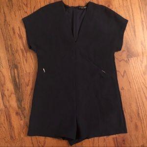 NWOT Zara Navy V-Neck Romper Size M